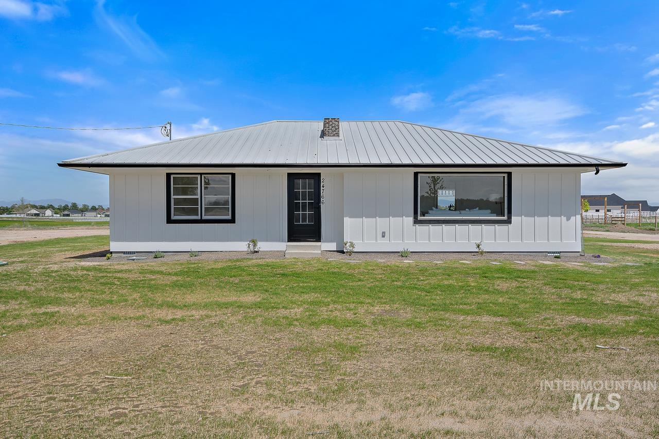 24766 Old Hwy 30 Property Photo - Caldwell, ID real estate listing