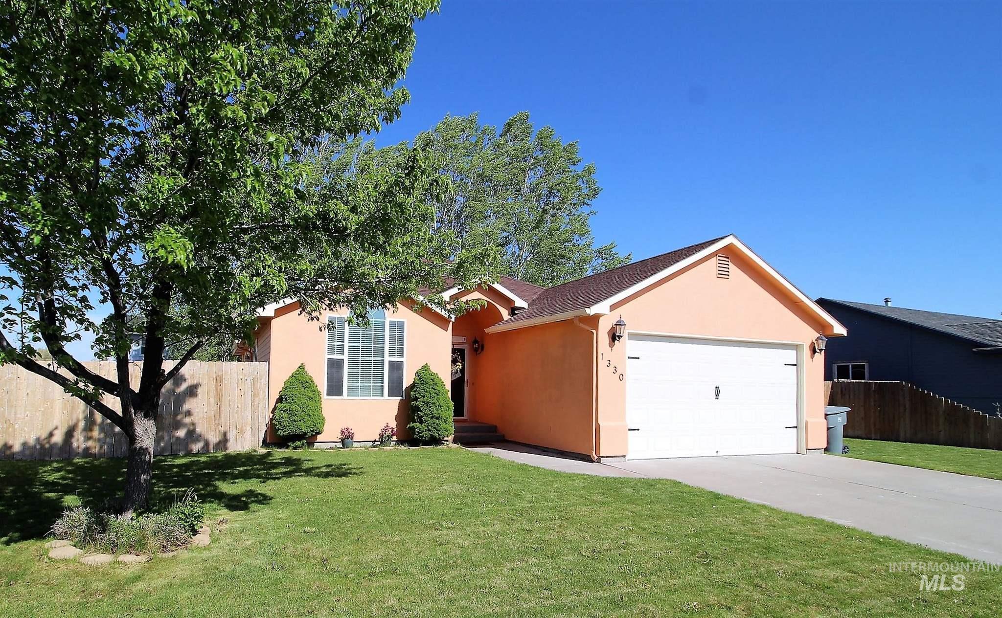 1330 SW Kursten Property Photo - Mountain Home, ID real estate listing