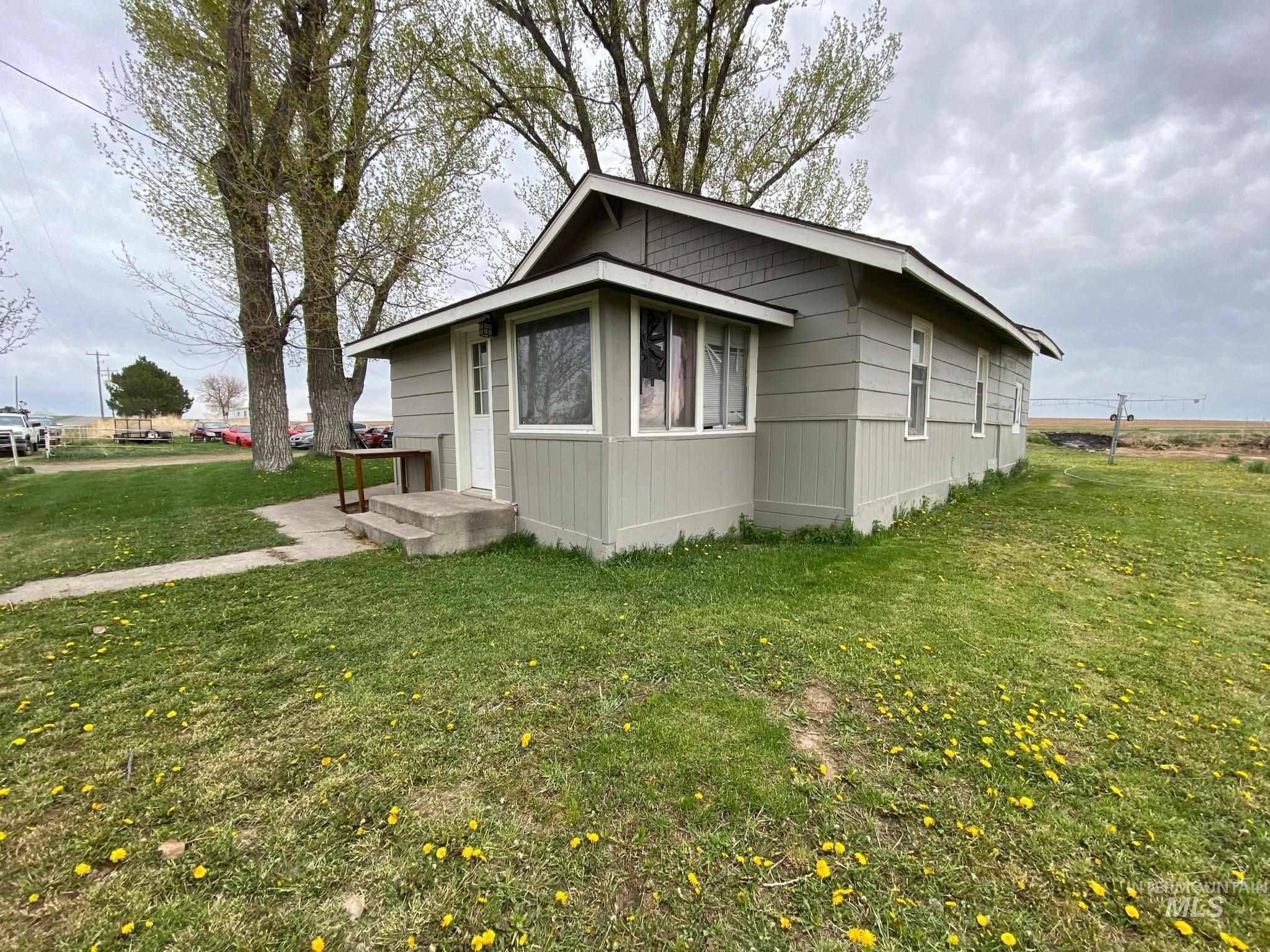 269 E 600 N Property Photo 1