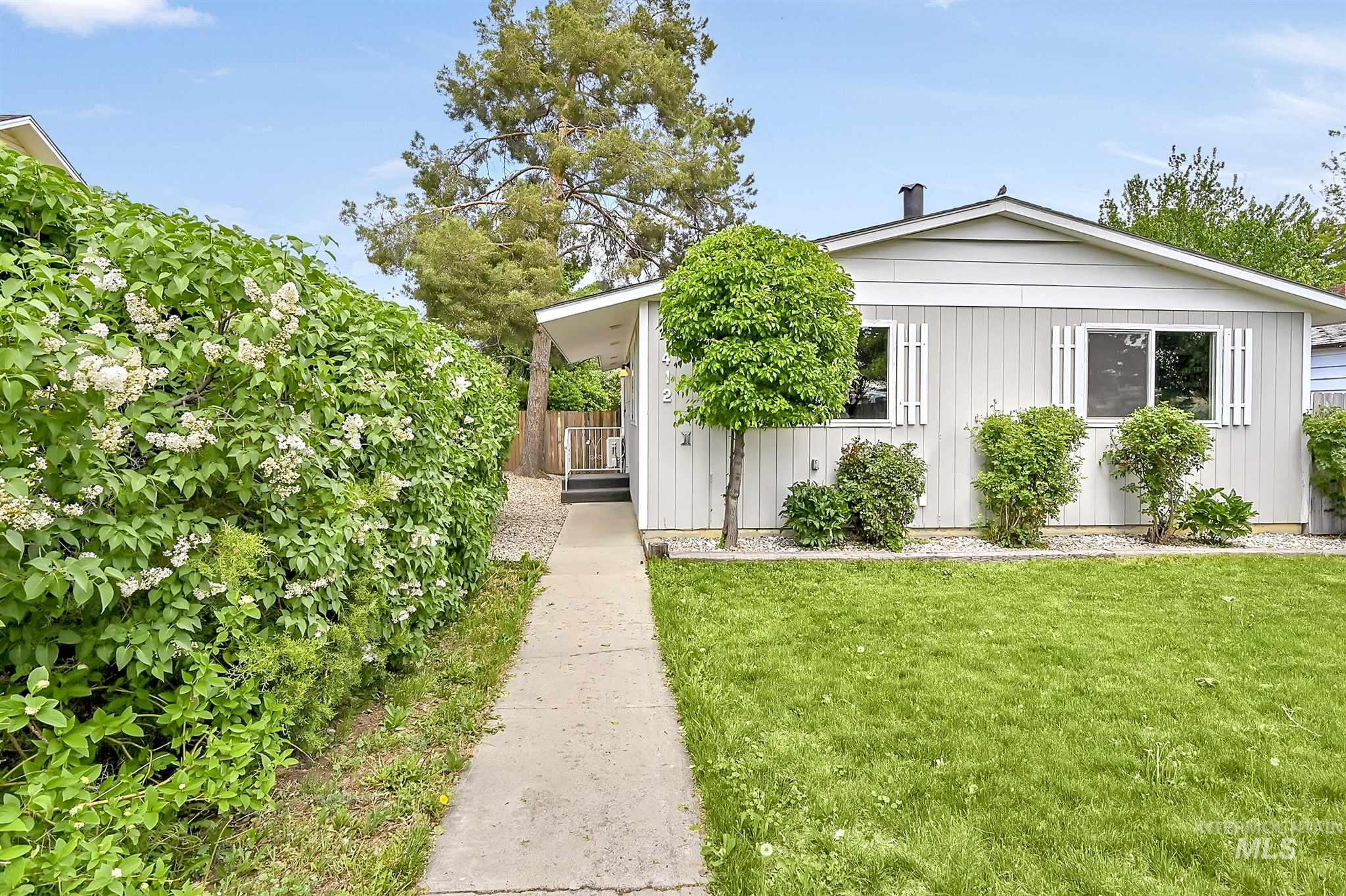 412 E Broadway Ave Property Photo - Meridian, ID real estate listing