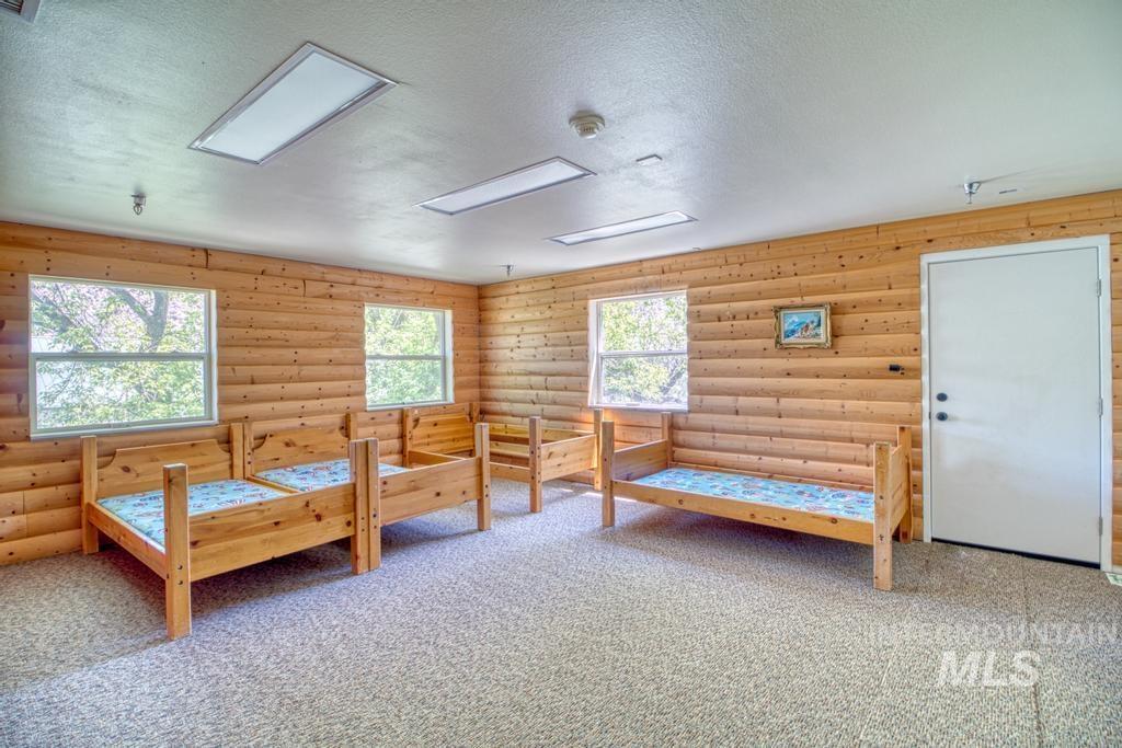 Magic Hot Springs Property Photo 21