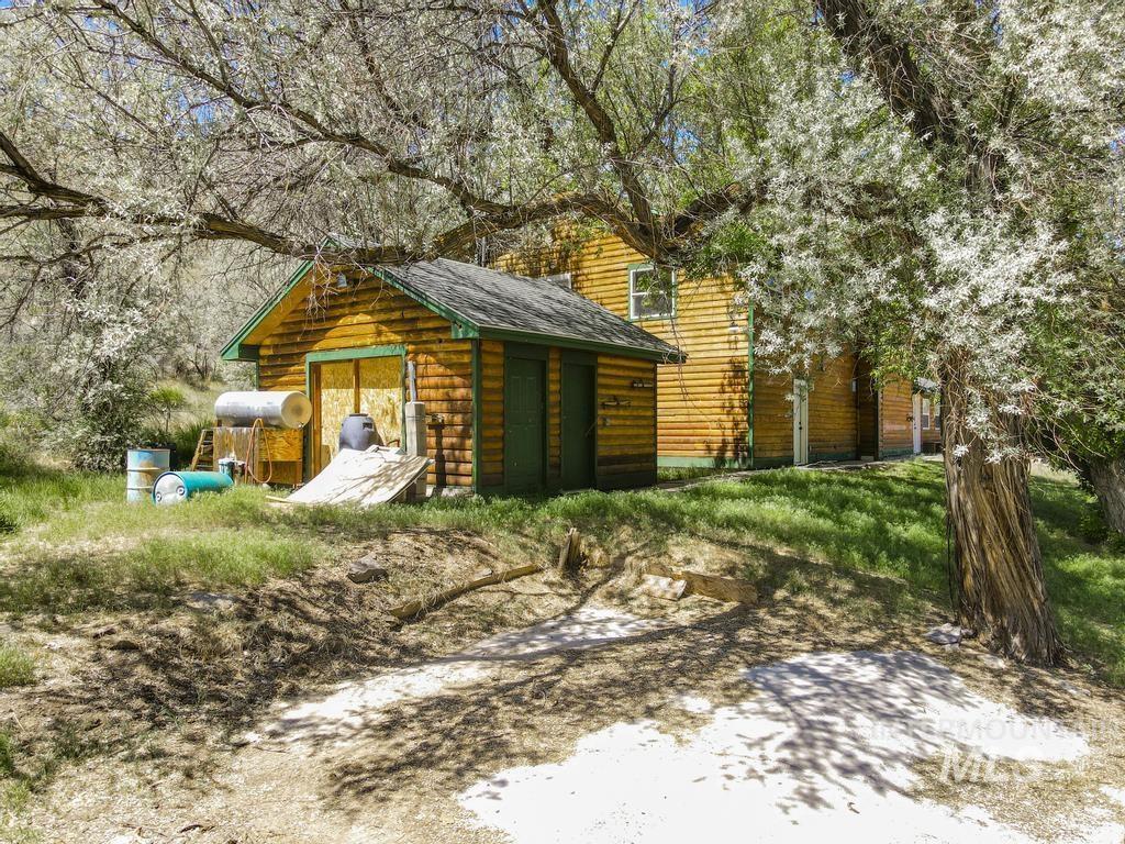 Magic Hot Springs Property Photo 27