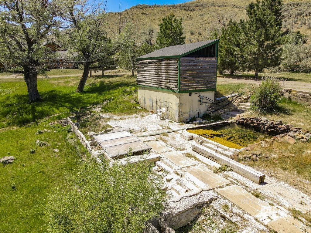 Magic Hot Springs Property Photo 30
