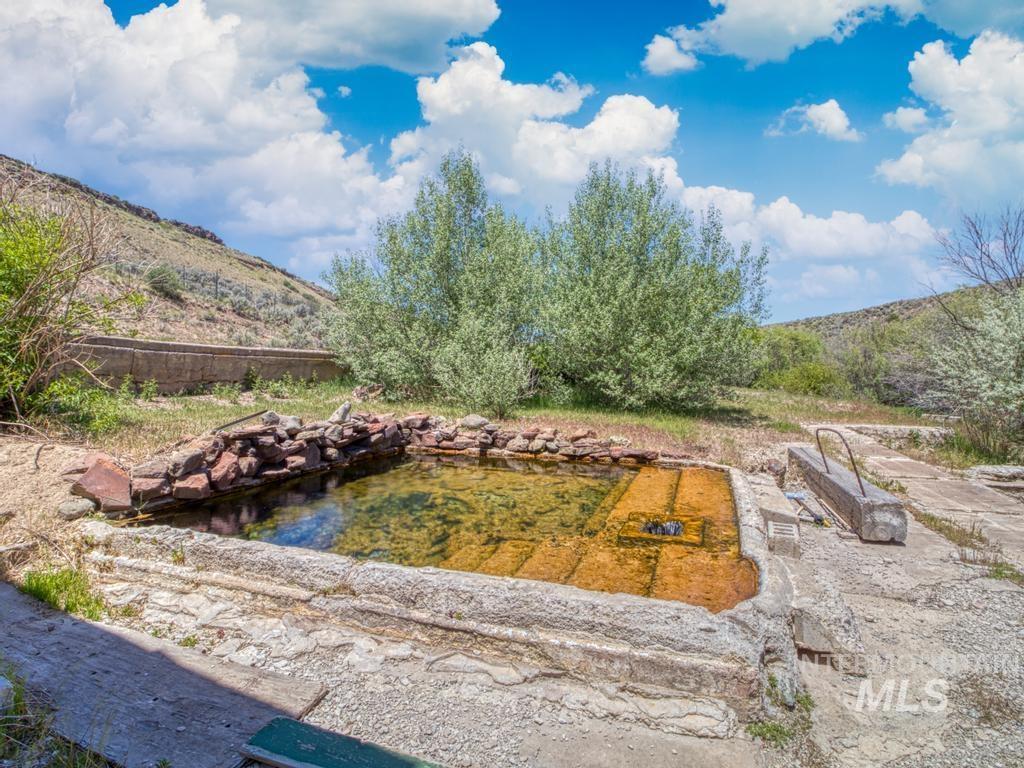 Magic Hot Springs Property Photo 46