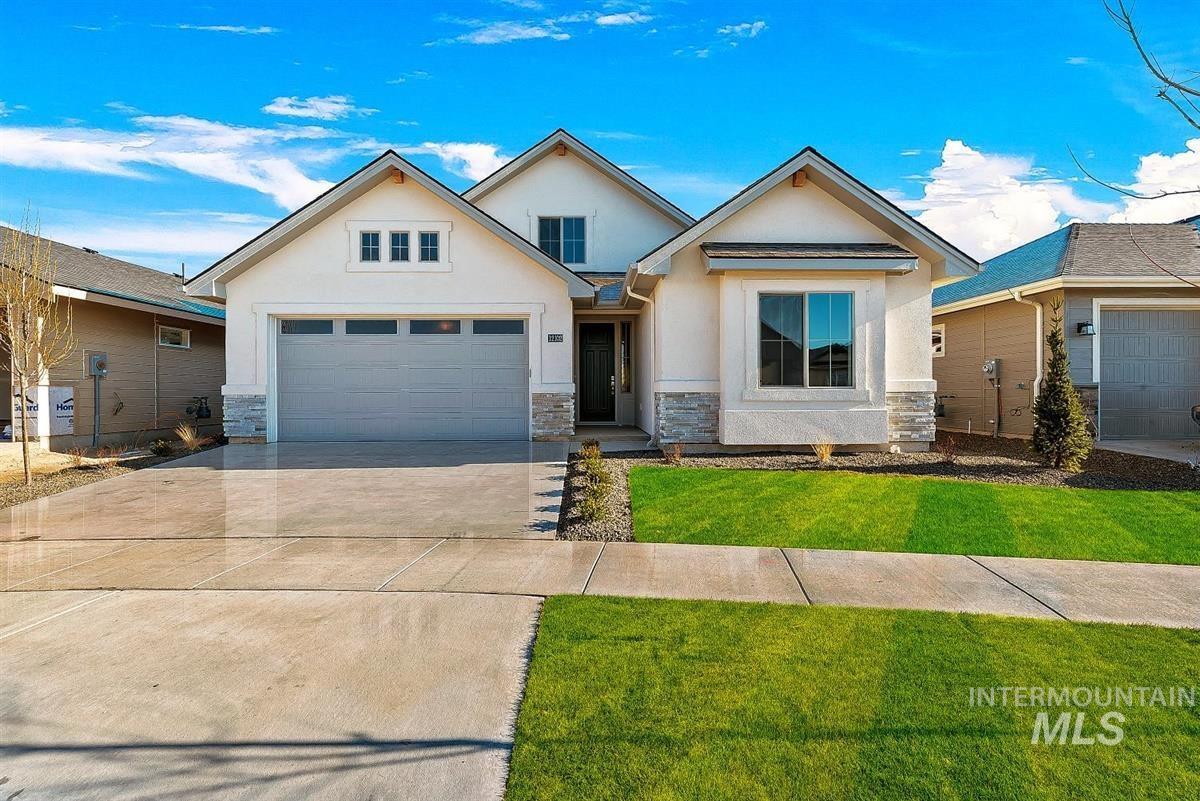 4964 W Colusa Ave Property Photo