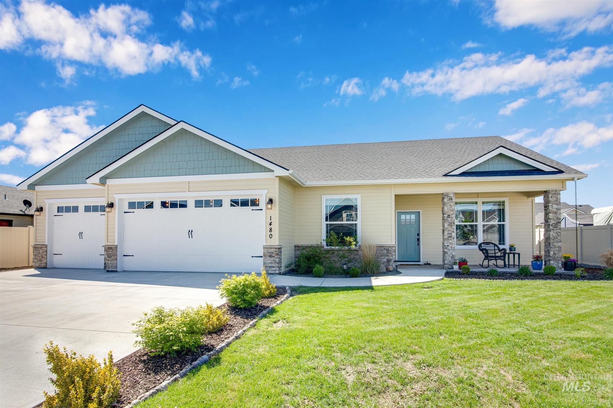 1480 Tamarack Street Property Photo - Fruitland, ID real estate listing