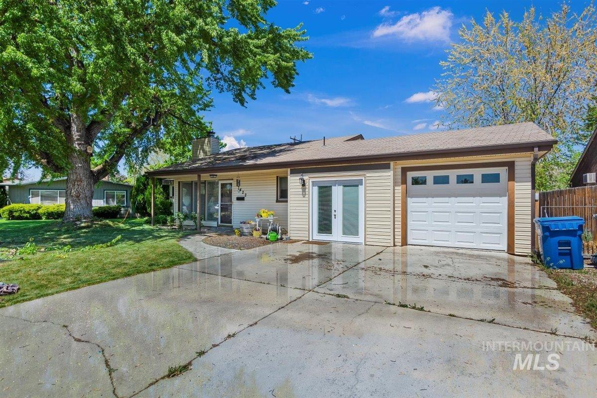 7422 W Wesley Drive Property Photo - Boise, ID real estate listing