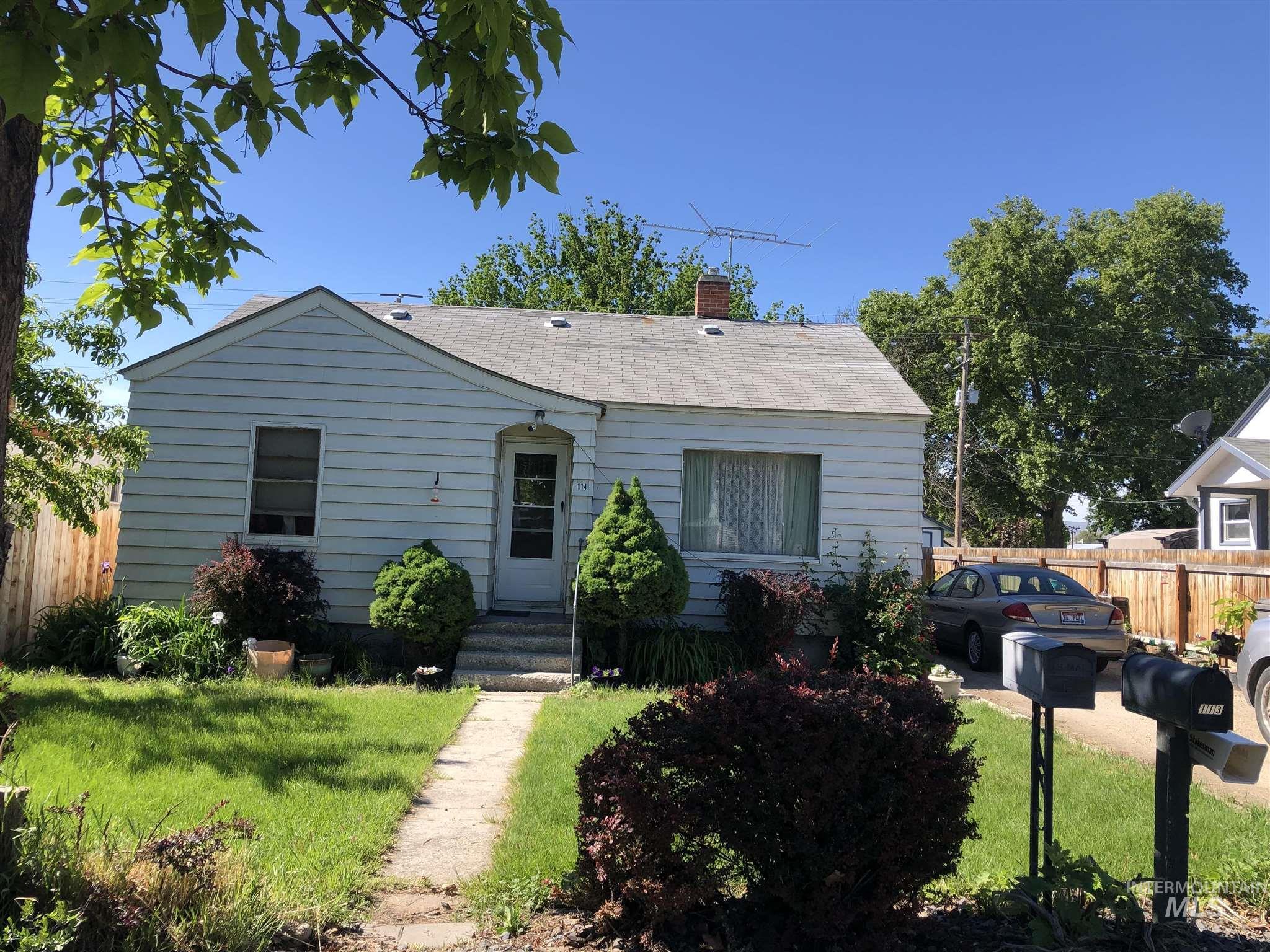 114 E Montana Property Photo - Homedale, ID real estate listing