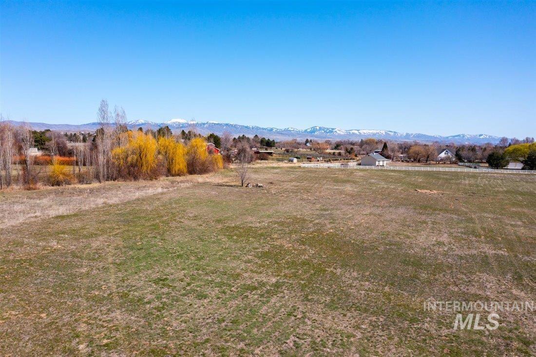 4244 N. Croft Place Property Photo