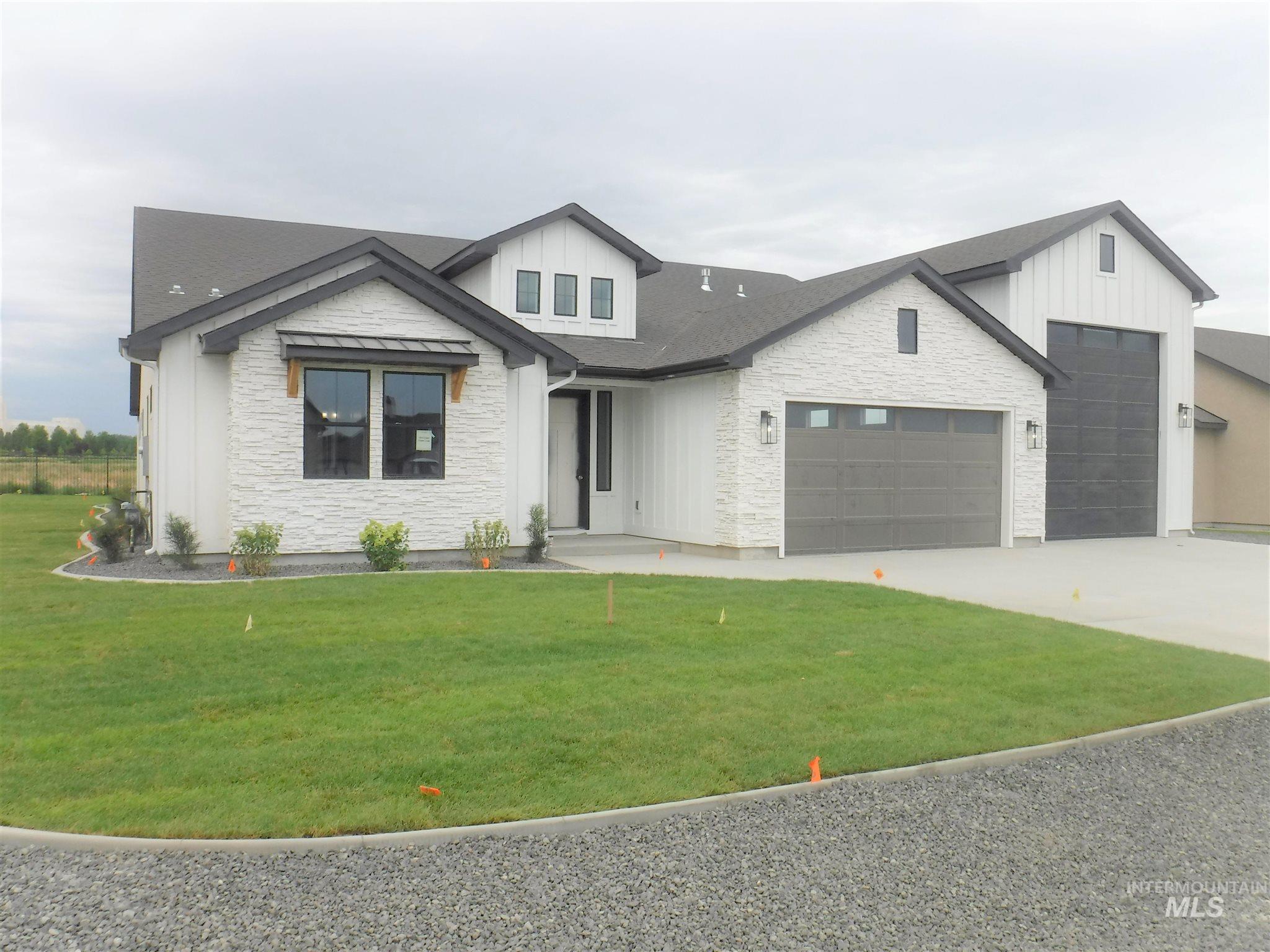 1513 Clear Creek Property Photo 1