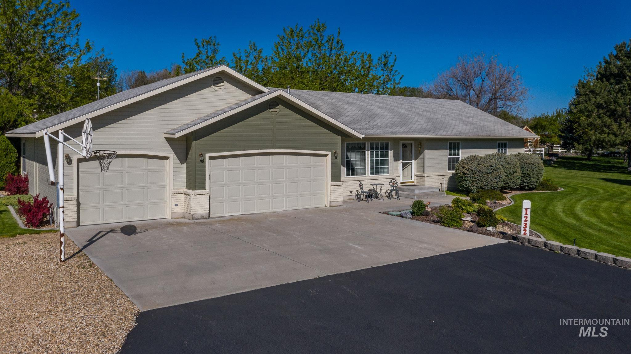 1232 Ruth Lane Property Photo - Nampa, ID real estate listing