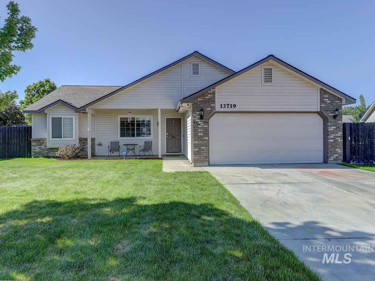 13719 W Fig Street Property Photo - Boise, ID real estate listing
