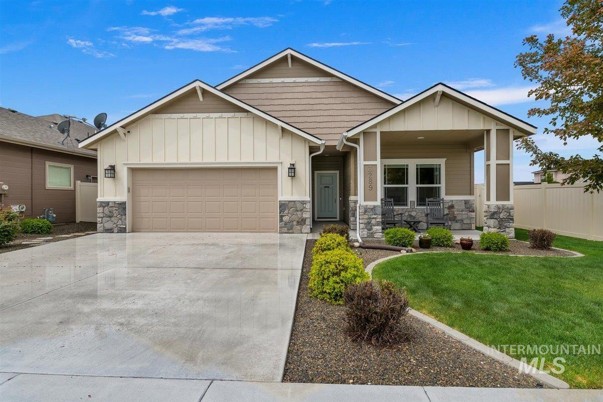 3289 S Como Ave Property Photo - Meridian, ID real estate listing