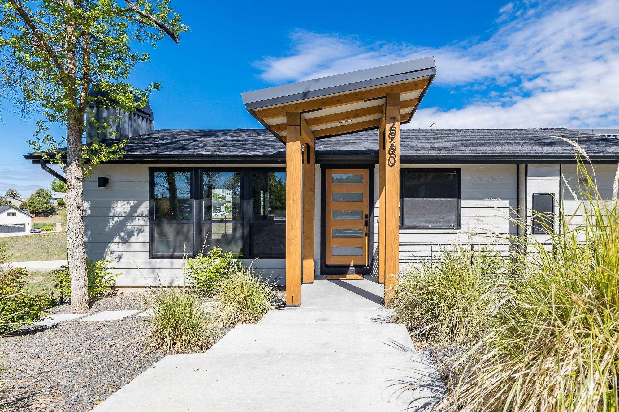2960 N Hillway Drive Property Photo - Boise, ID real estate listing