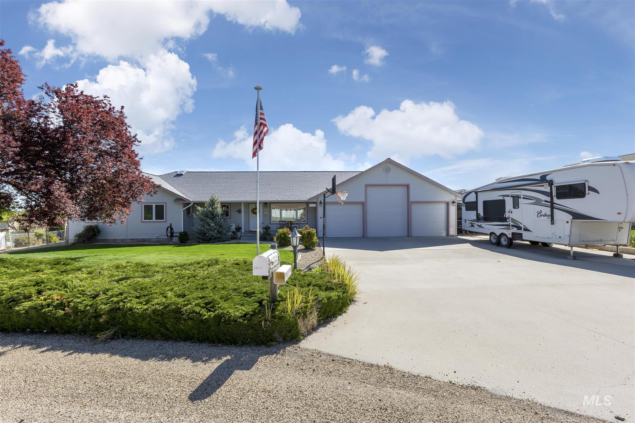 25574 Sand Trap Dr Property Photo - Caldwell, ID real estate listing