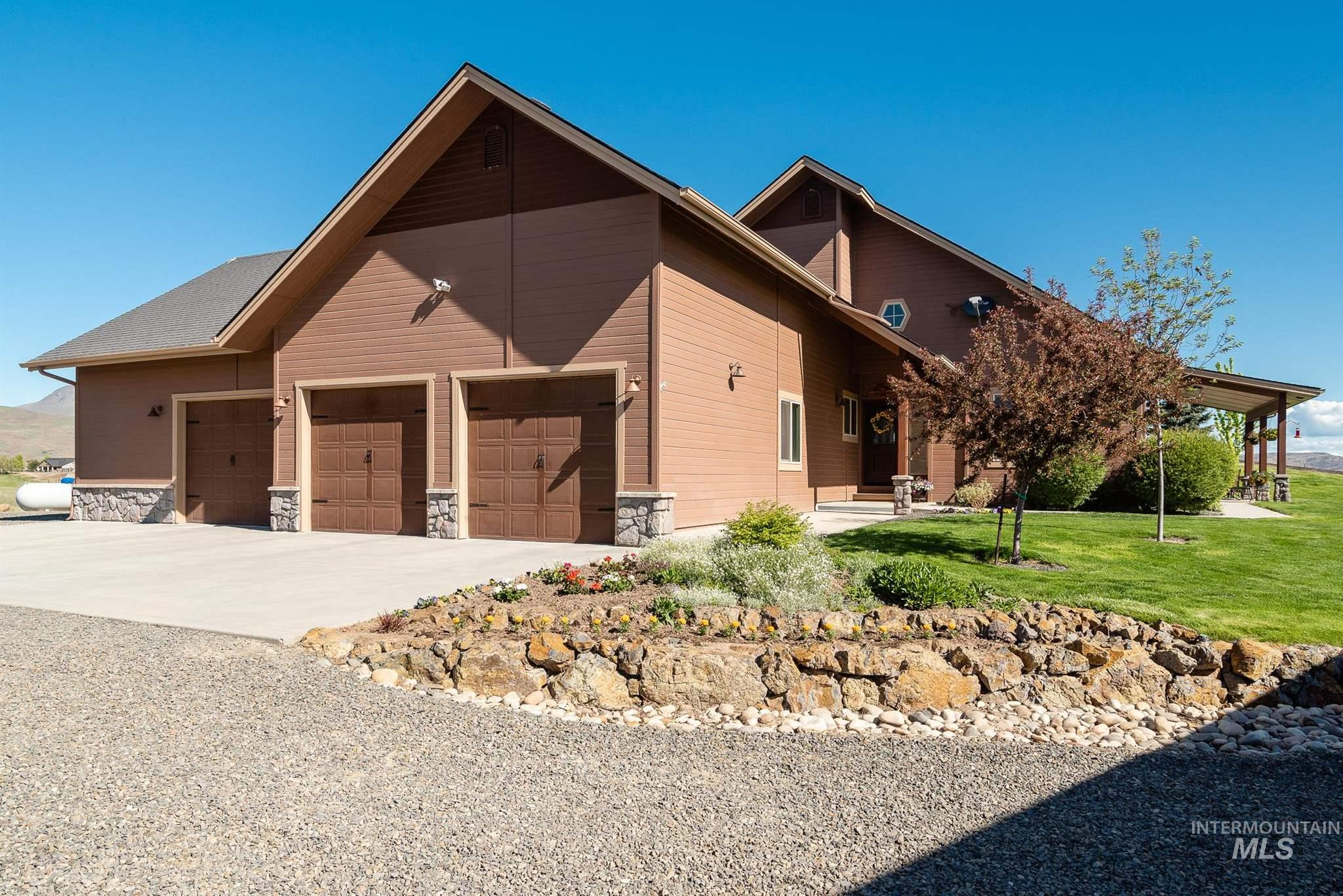 9600 N Highway 52 Property Photo - Horseshoe Bend, ID real estate listing