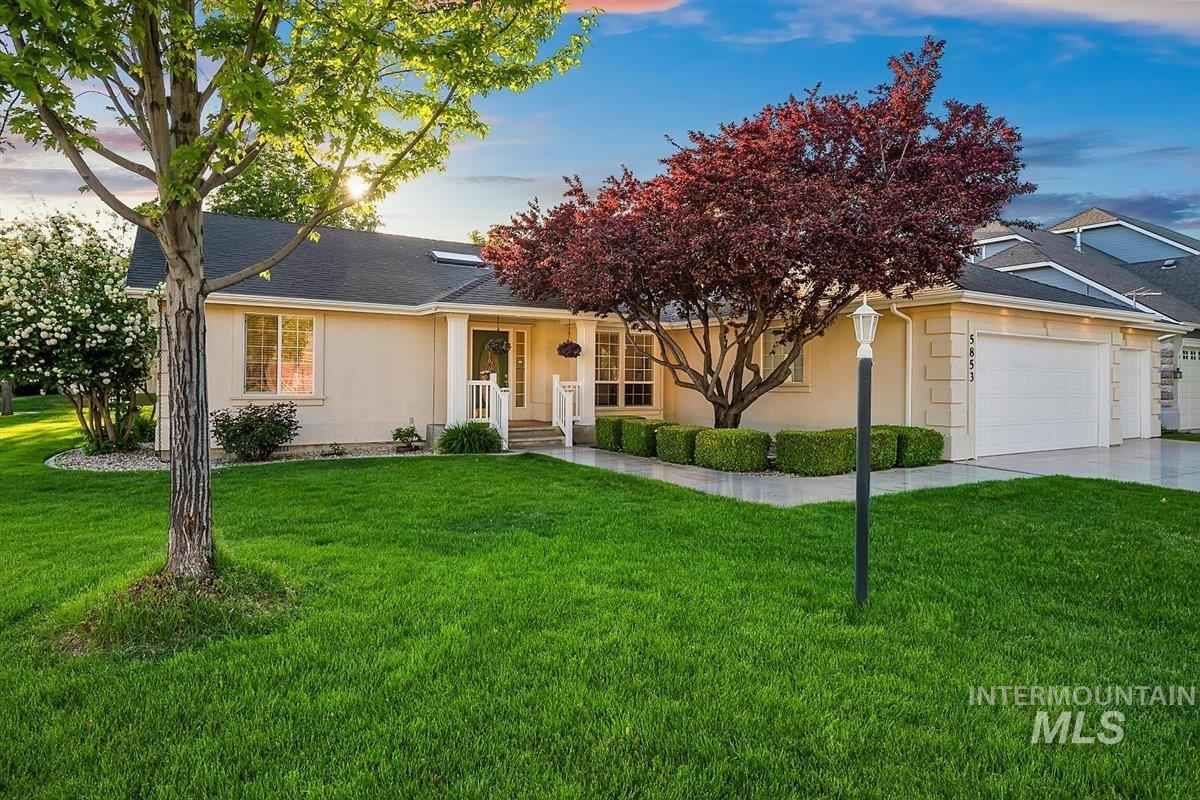 5853 N Rosepoint Pl Property Photo - Boise, ID real estate listing