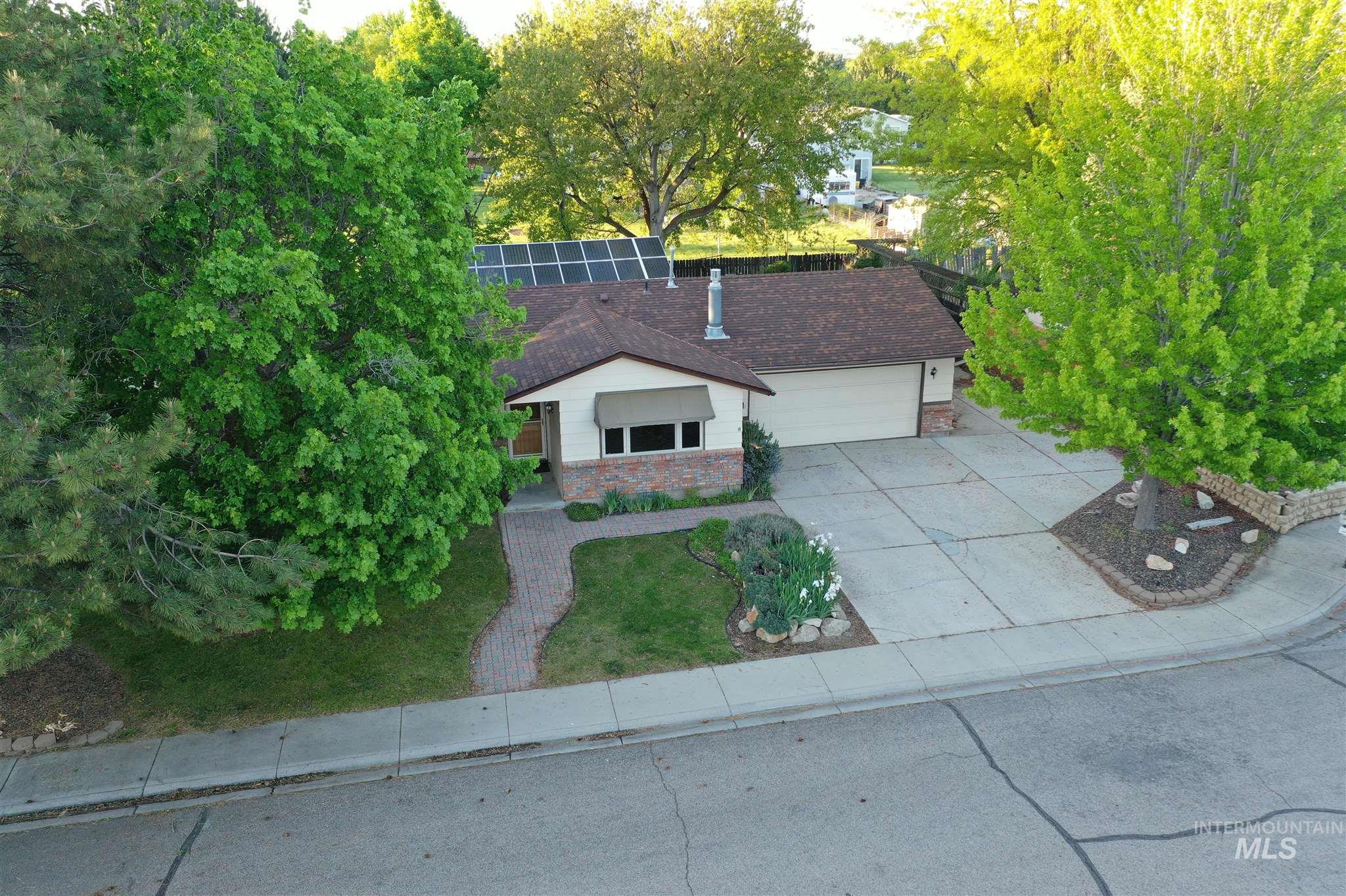 11850 W Alfred St Property Photo - Boise, ID real estate listing