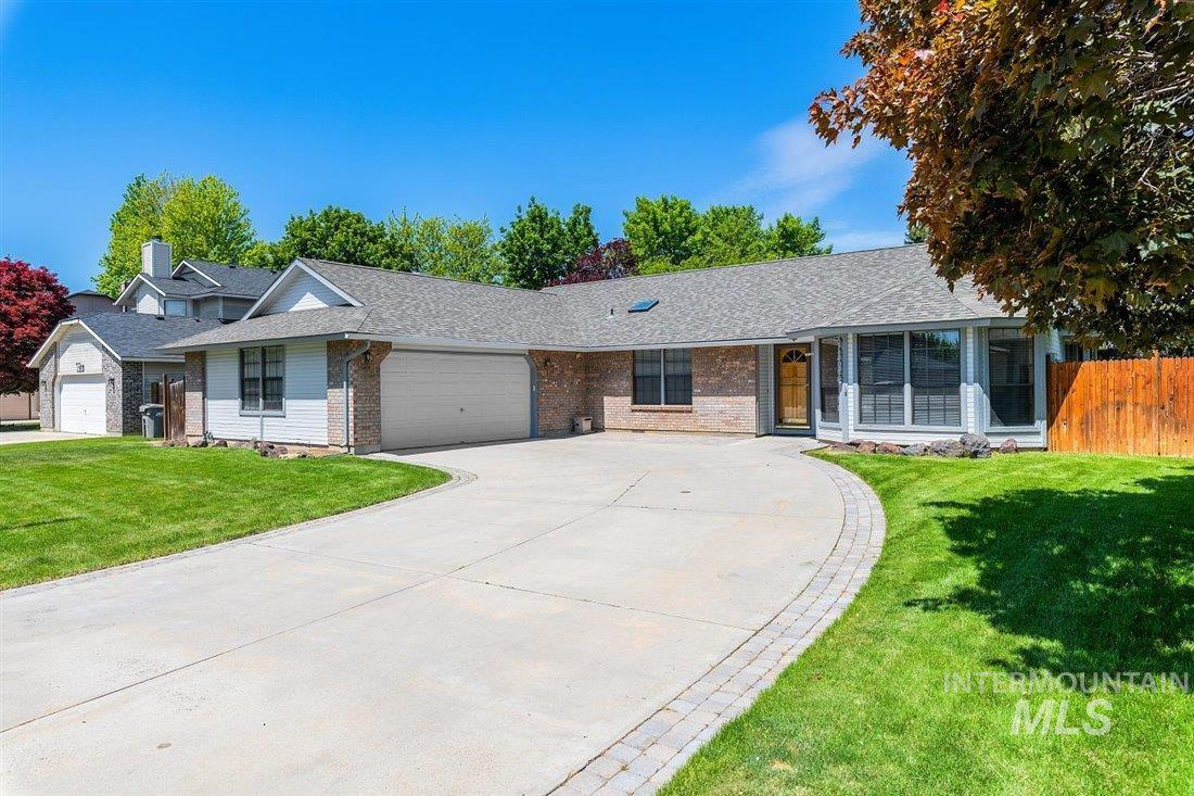 9834 W Edna Street Property Photo - Boise, ID real estate listing