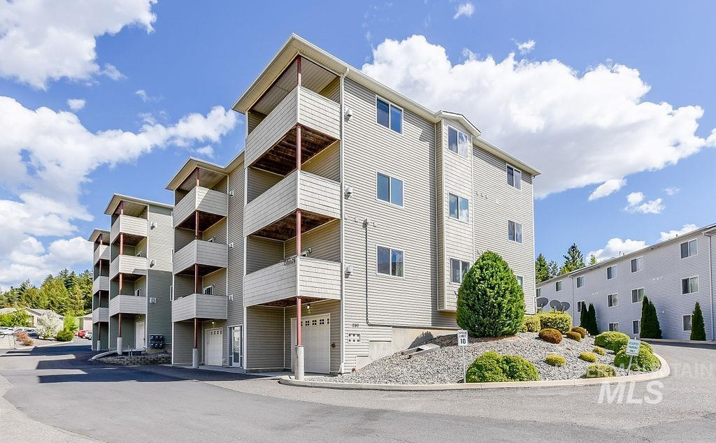 280 Baker Street # 301 Property Photo - Moscow, ID real estate listing