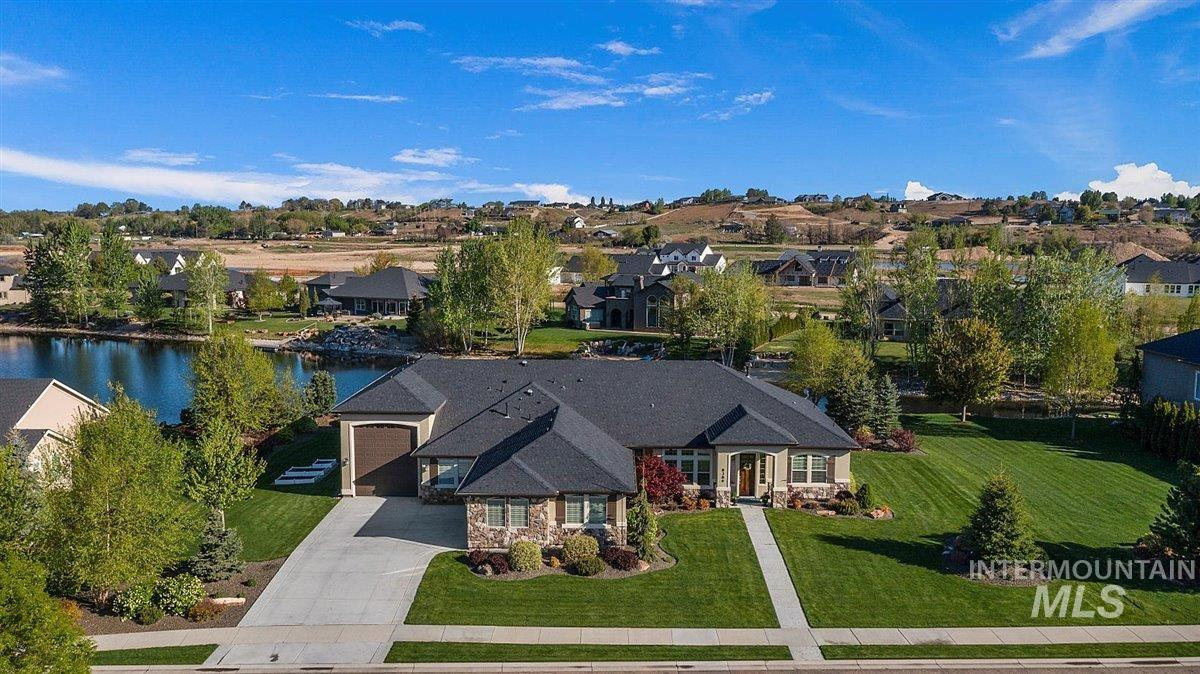 8386 Copper Creek Way Property Photo - Middleton, ID real estate listing