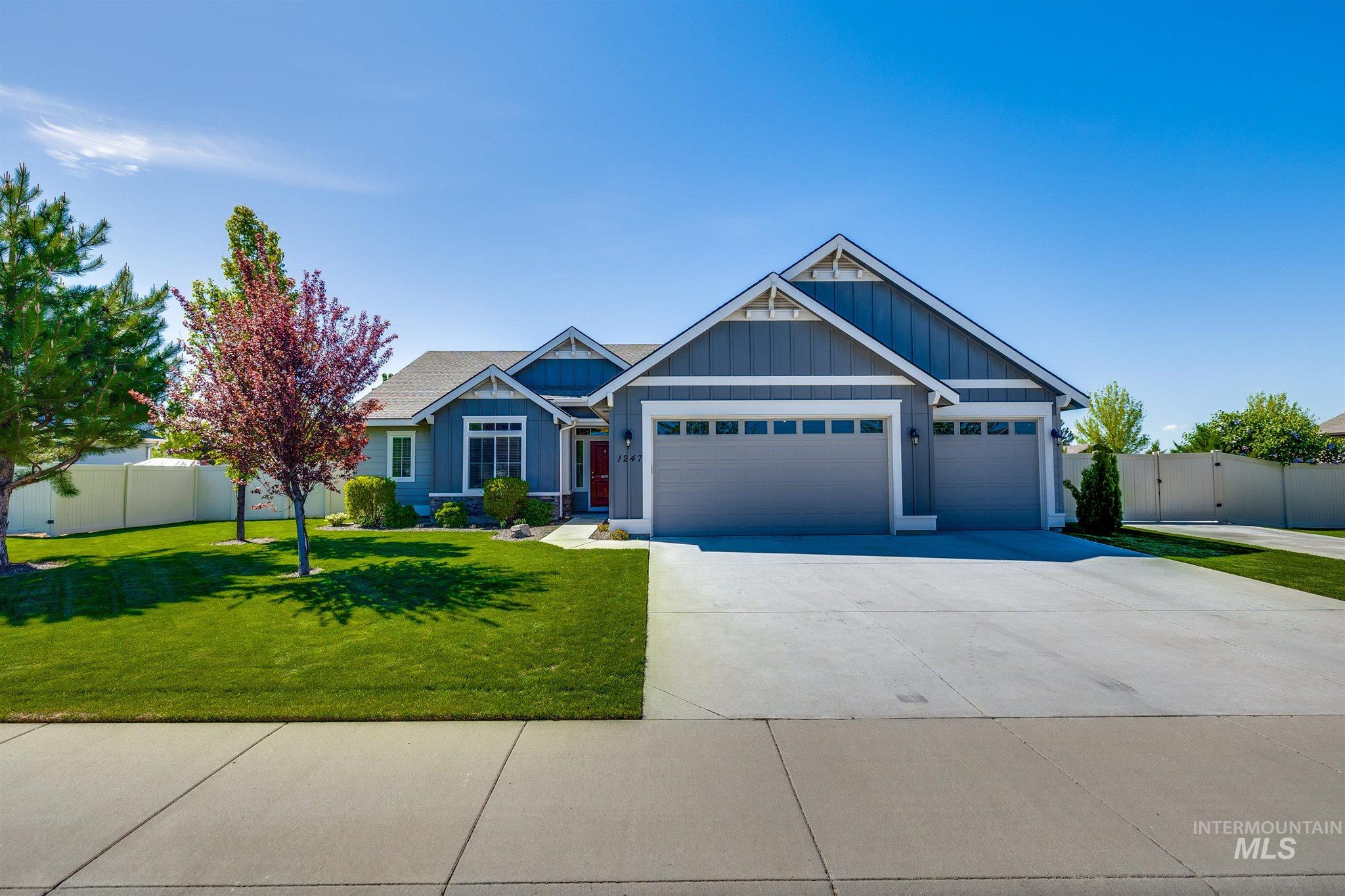 1247 W Caravan St Property Photo - Kuna, ID real estate listing