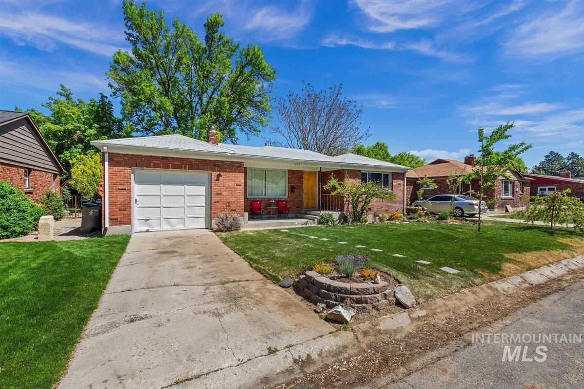 4822 W Edson St Property Photo - Boise, ID real estate listing