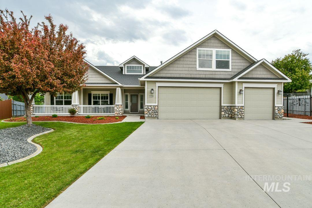 729 W Wildrye Ct Property Photo - Nampa, ID real estate listing