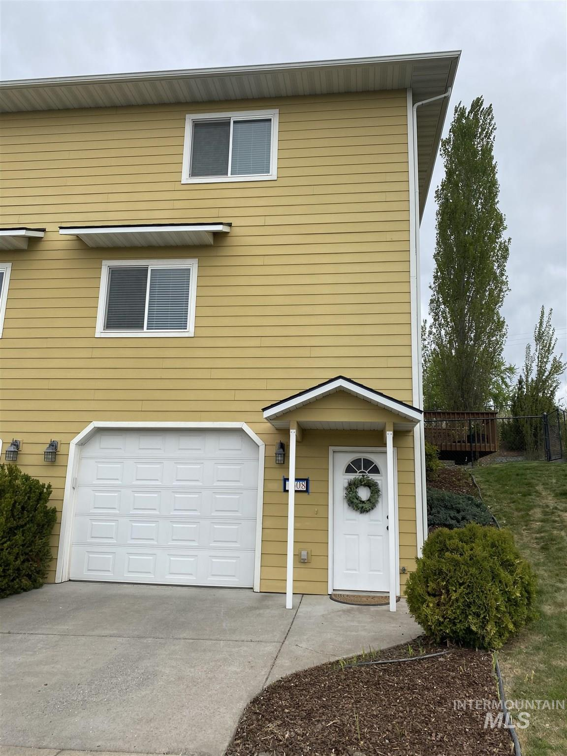 608 Britton Lane Property Photo - Moscow, ID real estate listing