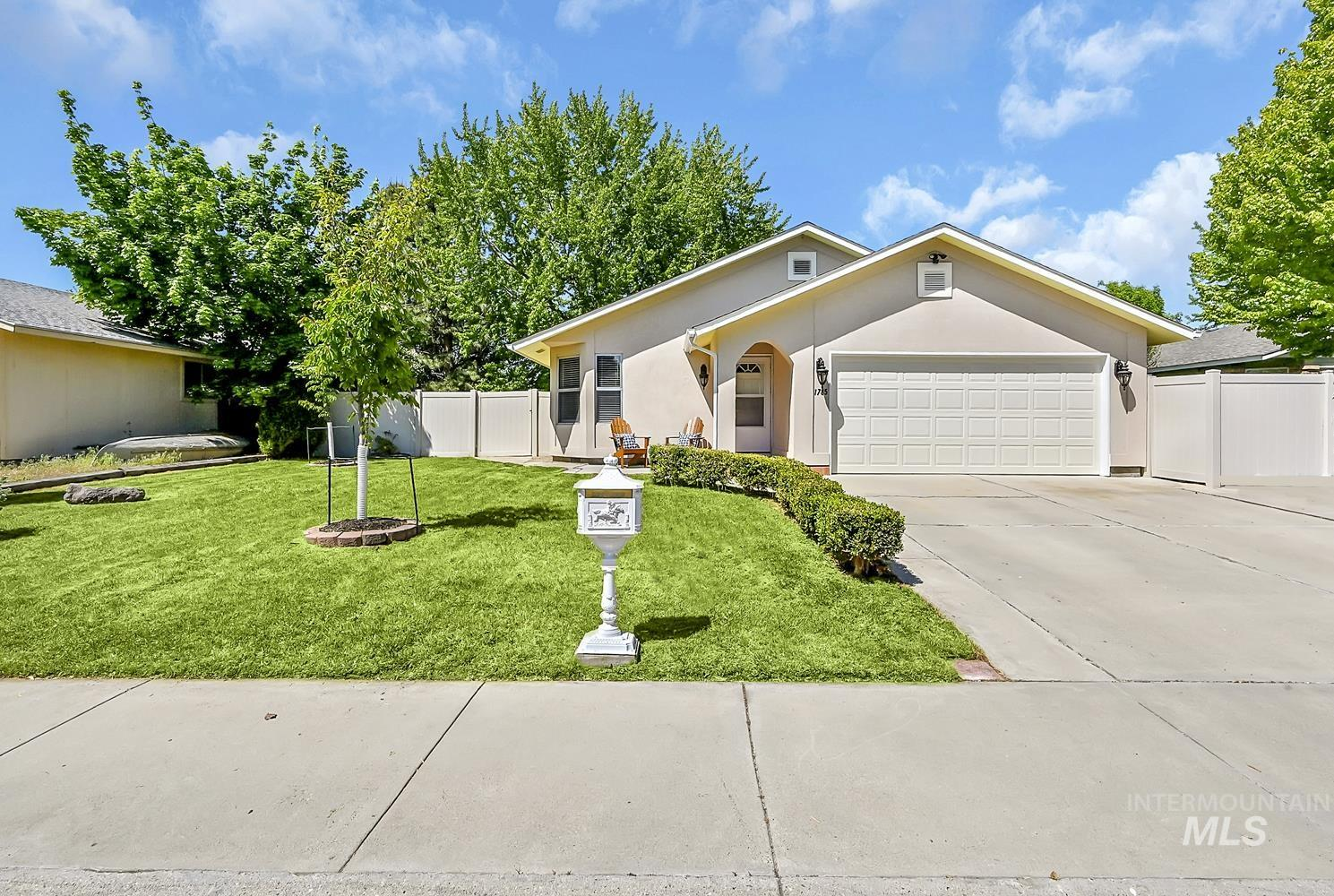 1785 N Teare Ave Property Photo - Meridian, ID real estate listing