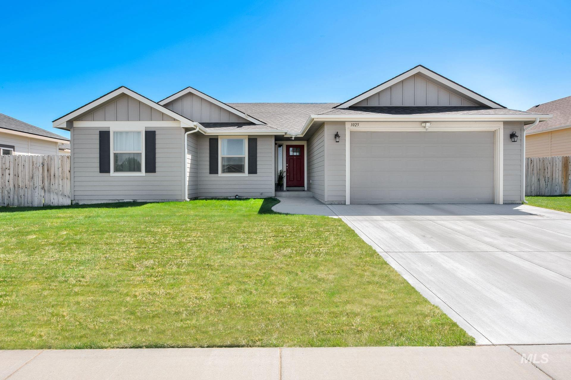 1025 SW BONNIE Property Photo - Mountain Home, ID real estate listing