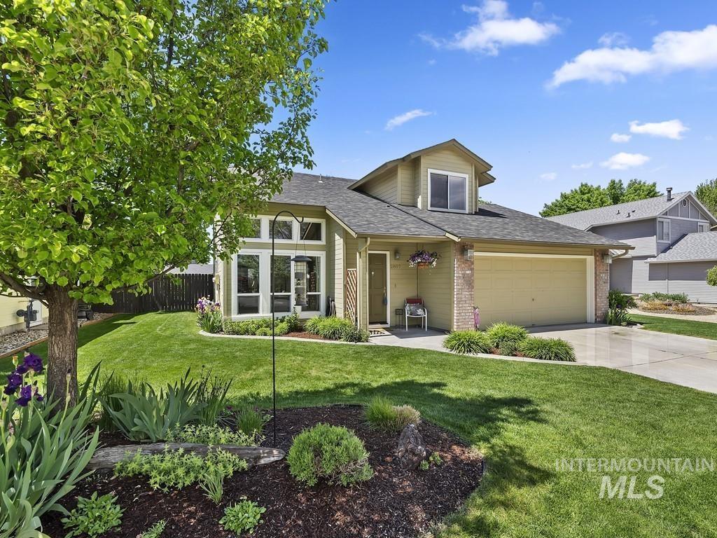 H V E Real Estate Listings Main Image
