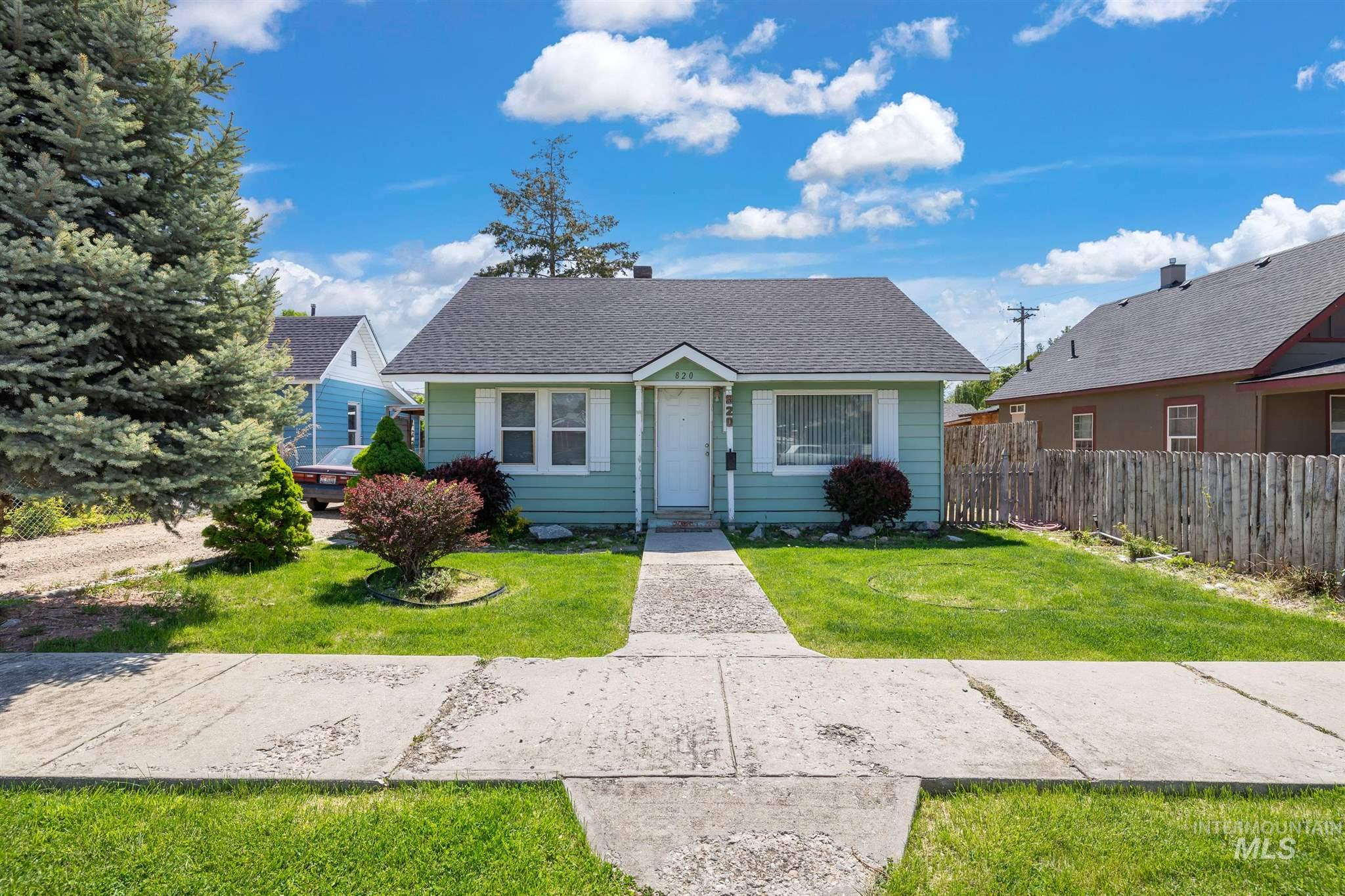 820 14th Avenue South Property Photo - Nampa, ID real estate listing