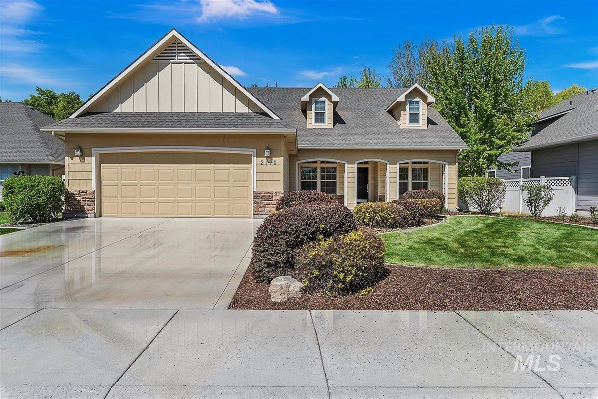 2176 W Grassy Branch Drive Property Photo - Meridian, ID real estate listing