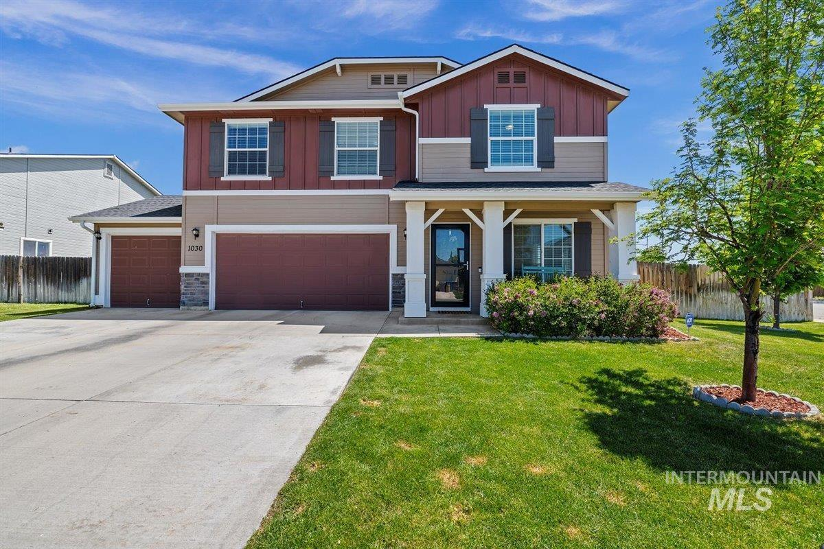 1030 SW Colonial Property Photo - Mountain Home, ID real estate listing
