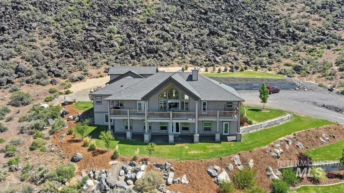512 River Rd Property Photo - Bliss, ID real estate listing