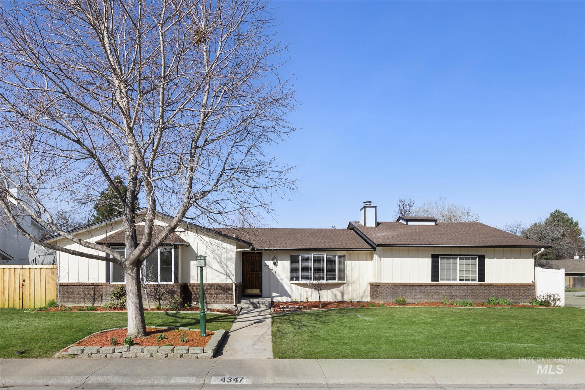 4347 Nystrom Way Property Photo - Boise, ID real estate listing