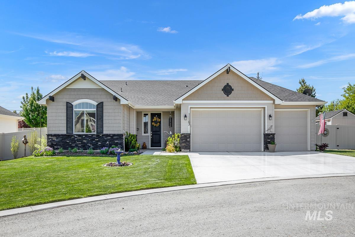 11163 W Carriage Hill Ct Property Photo - Nampa, ID real estate listing