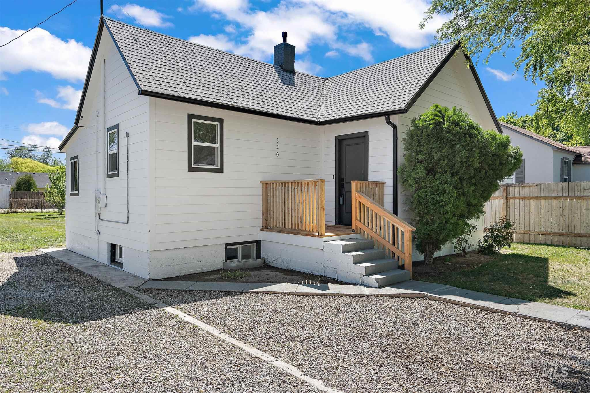 320 S Chestnut Property Photo - Nampa, ID real estate listing