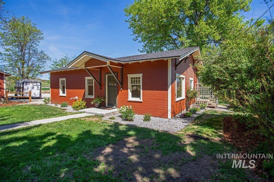 10444 Bill Burns Rd Property Photo - Emmett, ID real estate listing