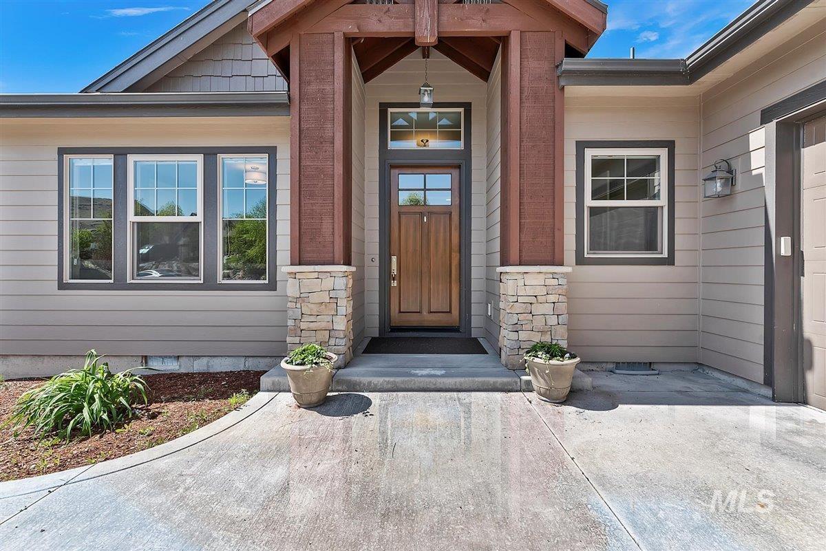 3833 Sage Creek Drive Property Photo - Boise, ID real estate listing