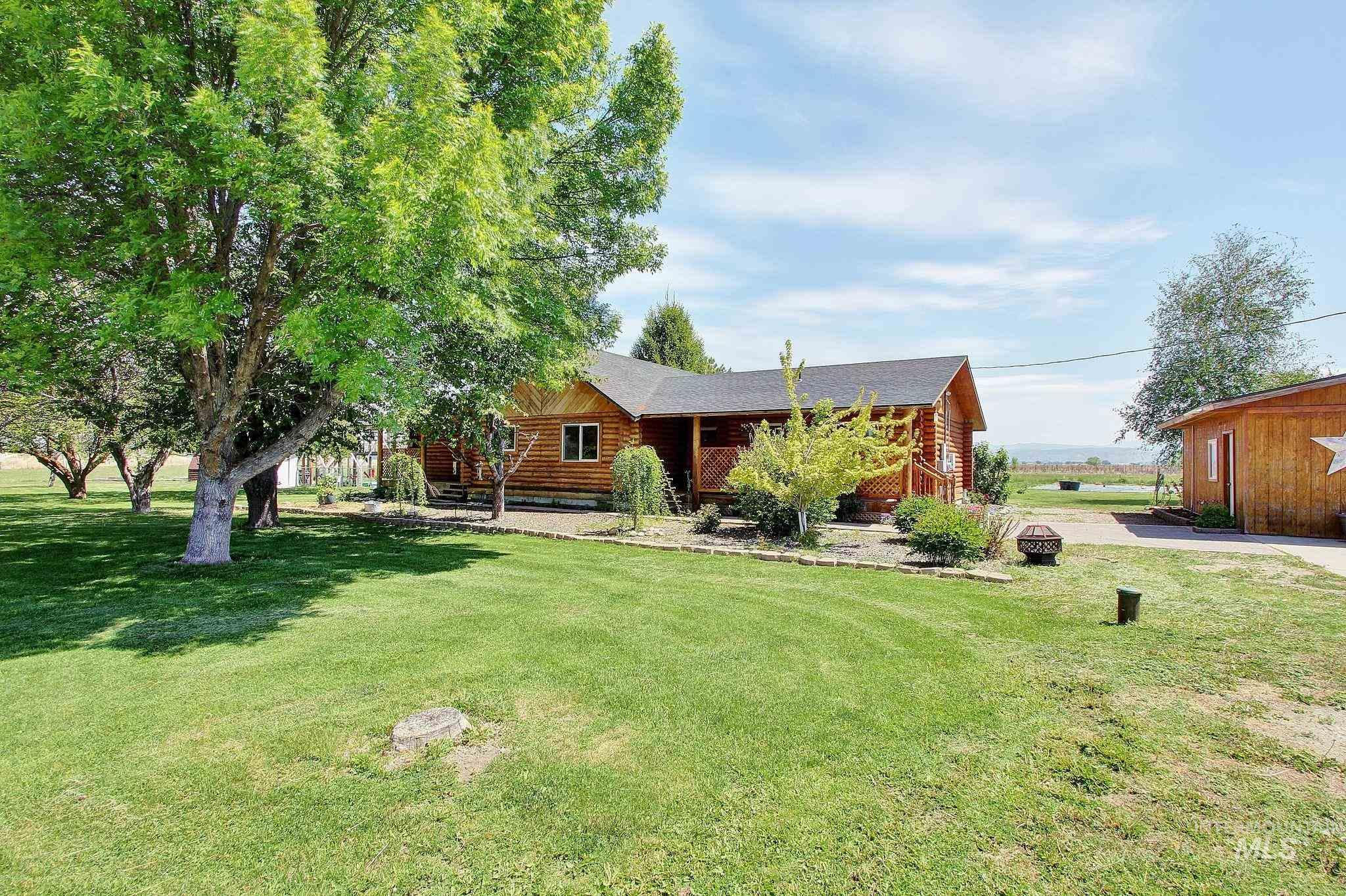 3404 Toms Cabin Road Property Photo - Emmett, ID real estate listing