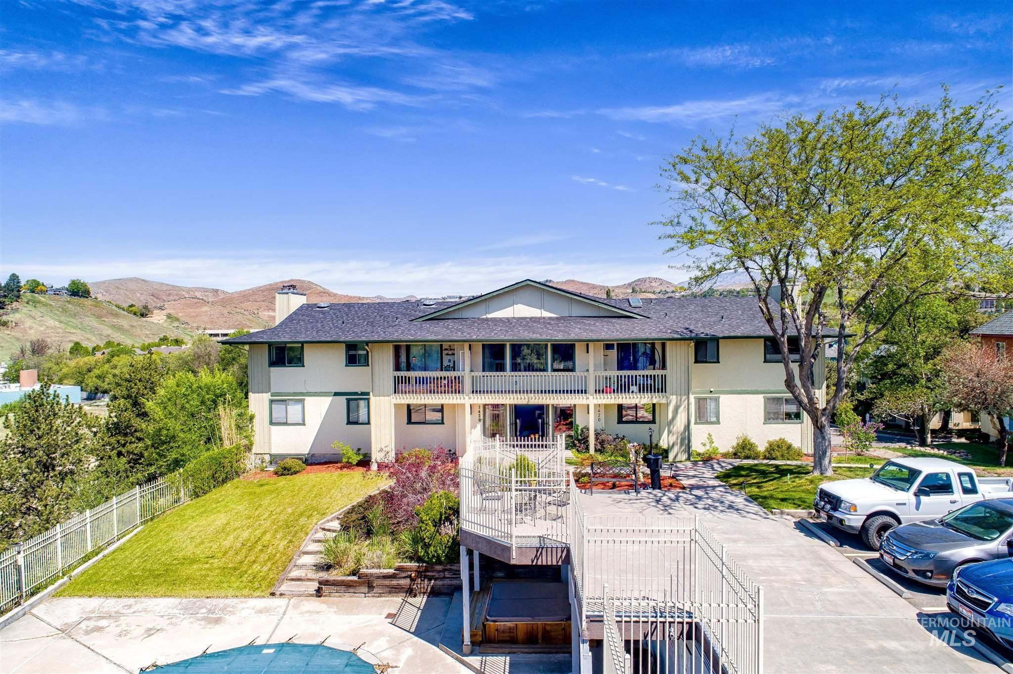 1420 W Camel Back Lane # 204 Property Photo - Boise, ID real estate listing