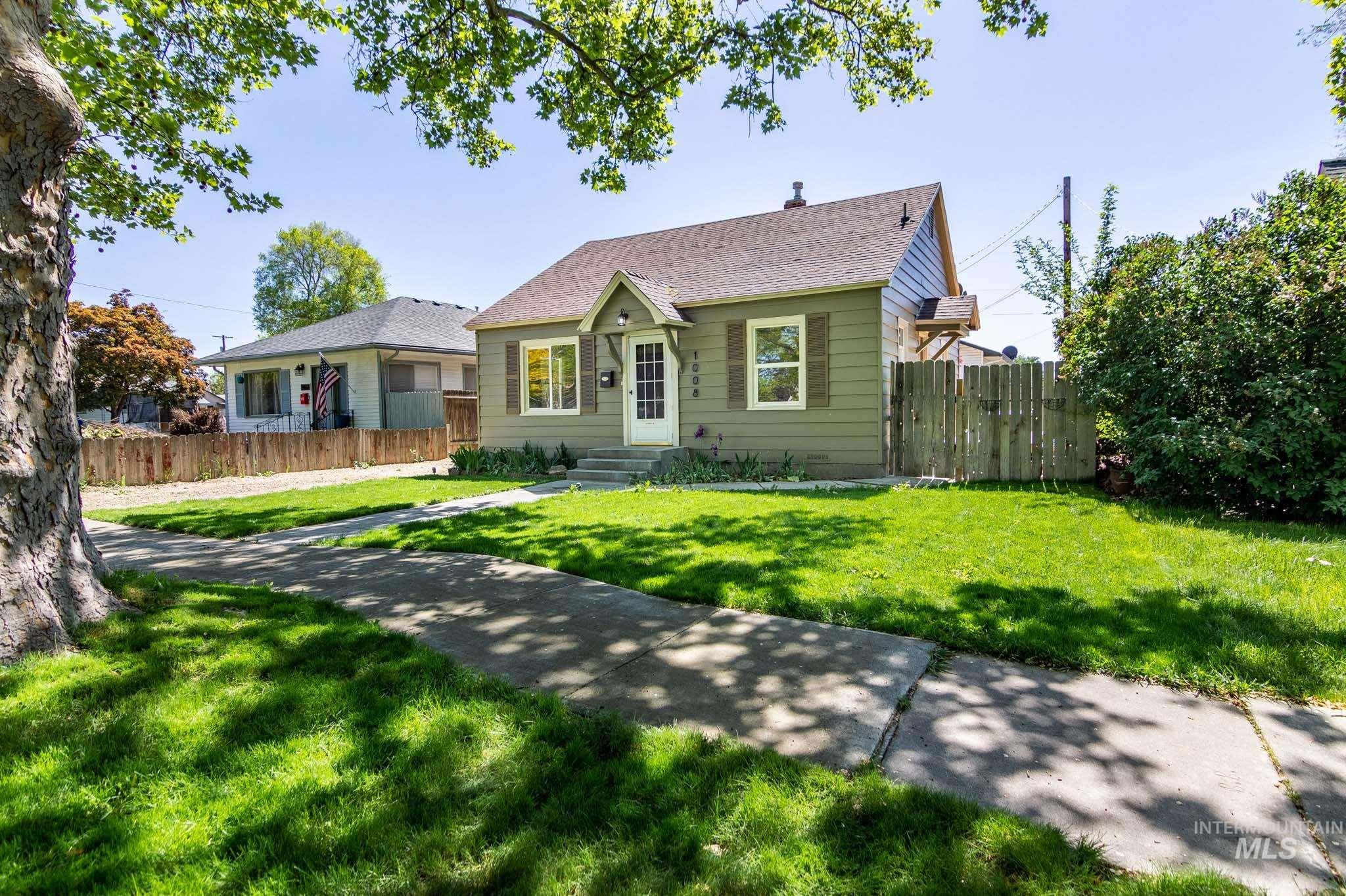 1008 11th Ave. S. Property Photo - Nampa, ID real estate listing