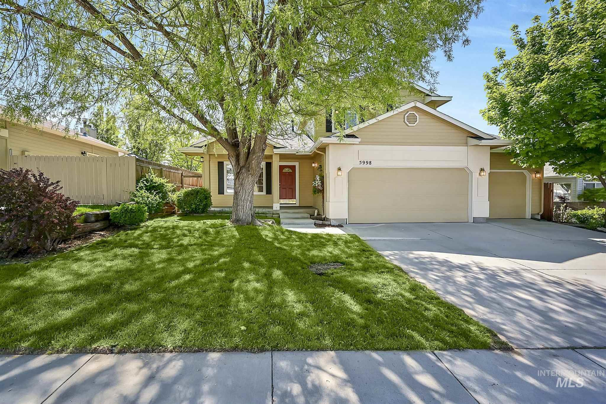 5998 S Wallflower Pl Property Photo - Boise, ID real estate listing