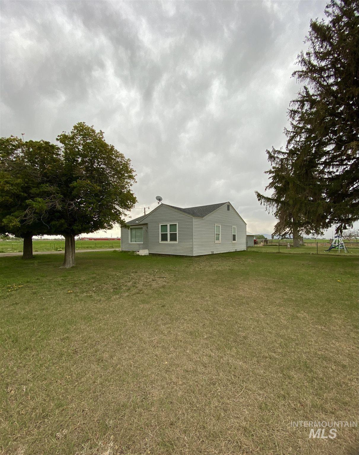 181 E Baseline Road Property Photo