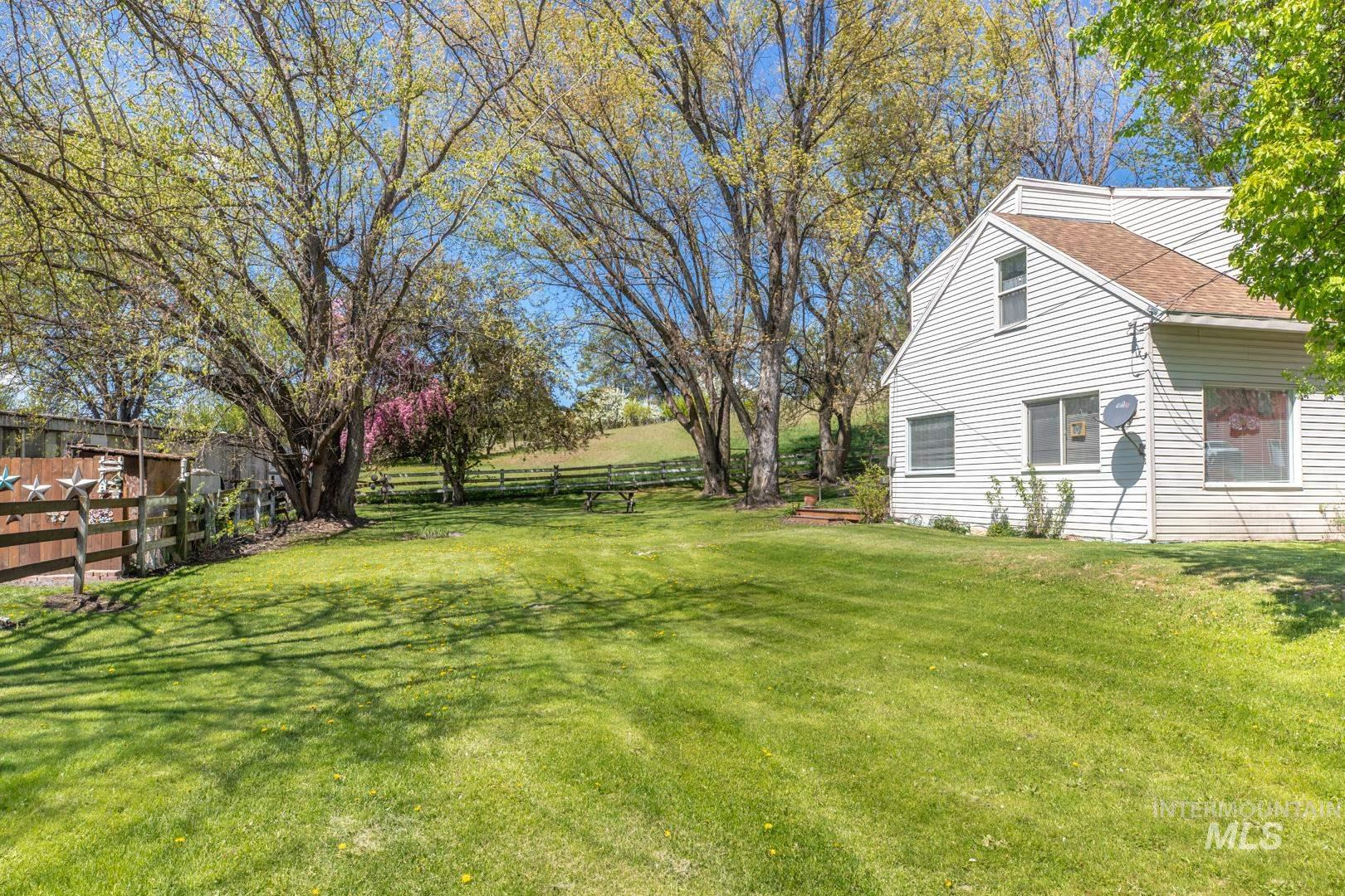 1825 N Polk Extension Property Photo