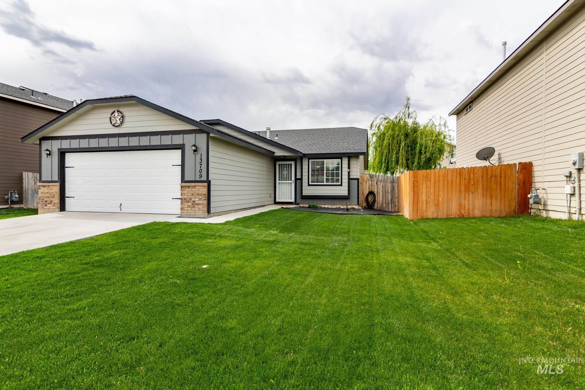 13709 Orlando Property Photo - Caldwell, ID real estate listing