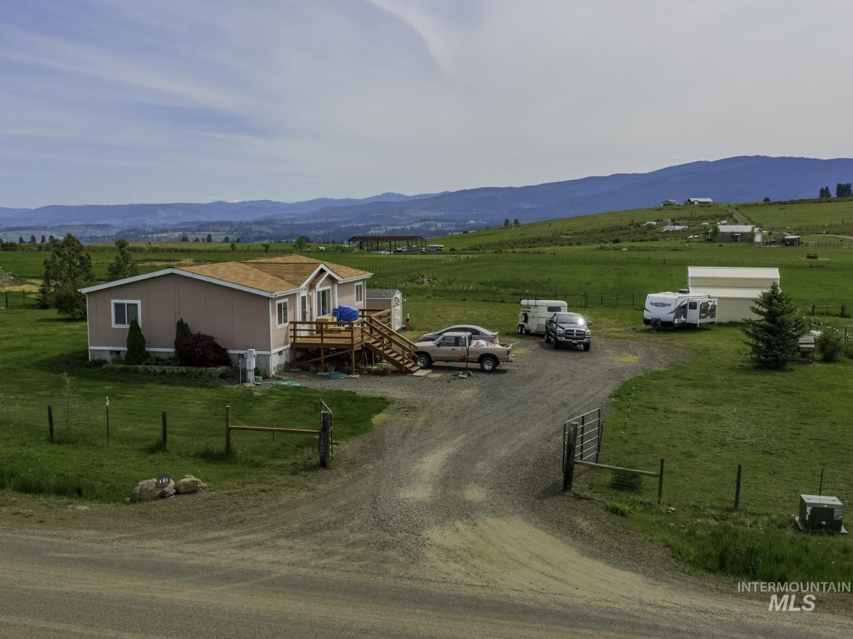 151 Golden Acres Drive Property Photo