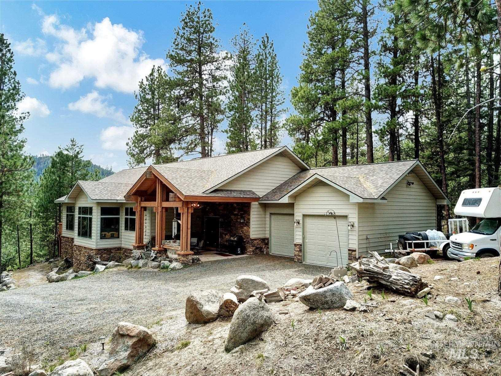 9753 Moore Drive Property Photo